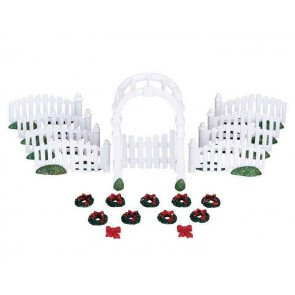 Lemax Plastic Arbor & Picket Fences W/Decorations
