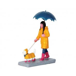 Lemax Walking In The Rain
